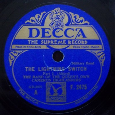 The Queen's Own Cameron Highlanders - The Lightning Switch download mp3 flac